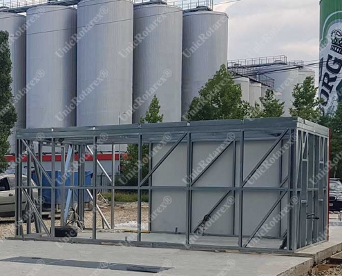 Steel structure for container