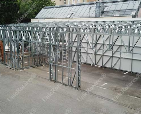 Light steel structure for garage