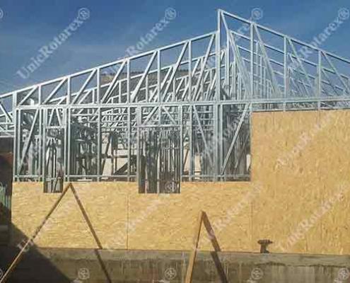 steel house Baiculesti