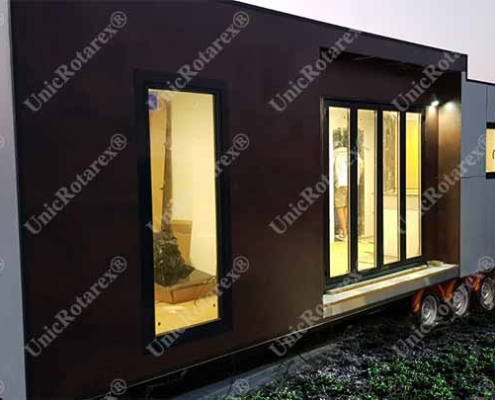 steel house on wheels