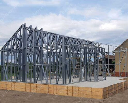 Lightweight steel structure for house