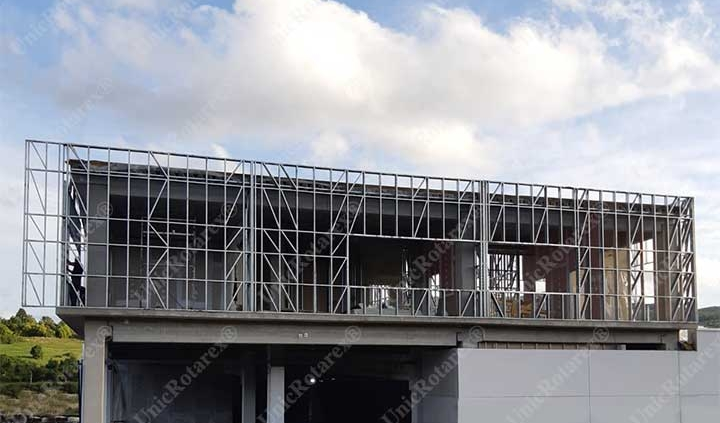 Kaufland facade walls support