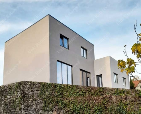 Duplex house in France with lightweight steel structure