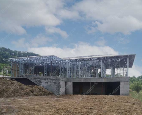 Lightweight steel structure for modern home