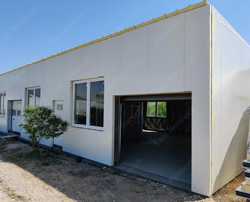 Storage building with light steel structure