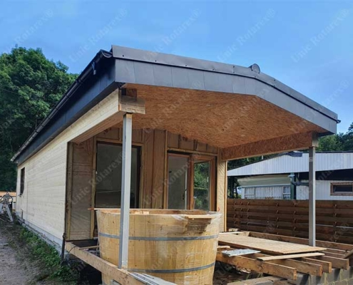 Vacation house with steel structure